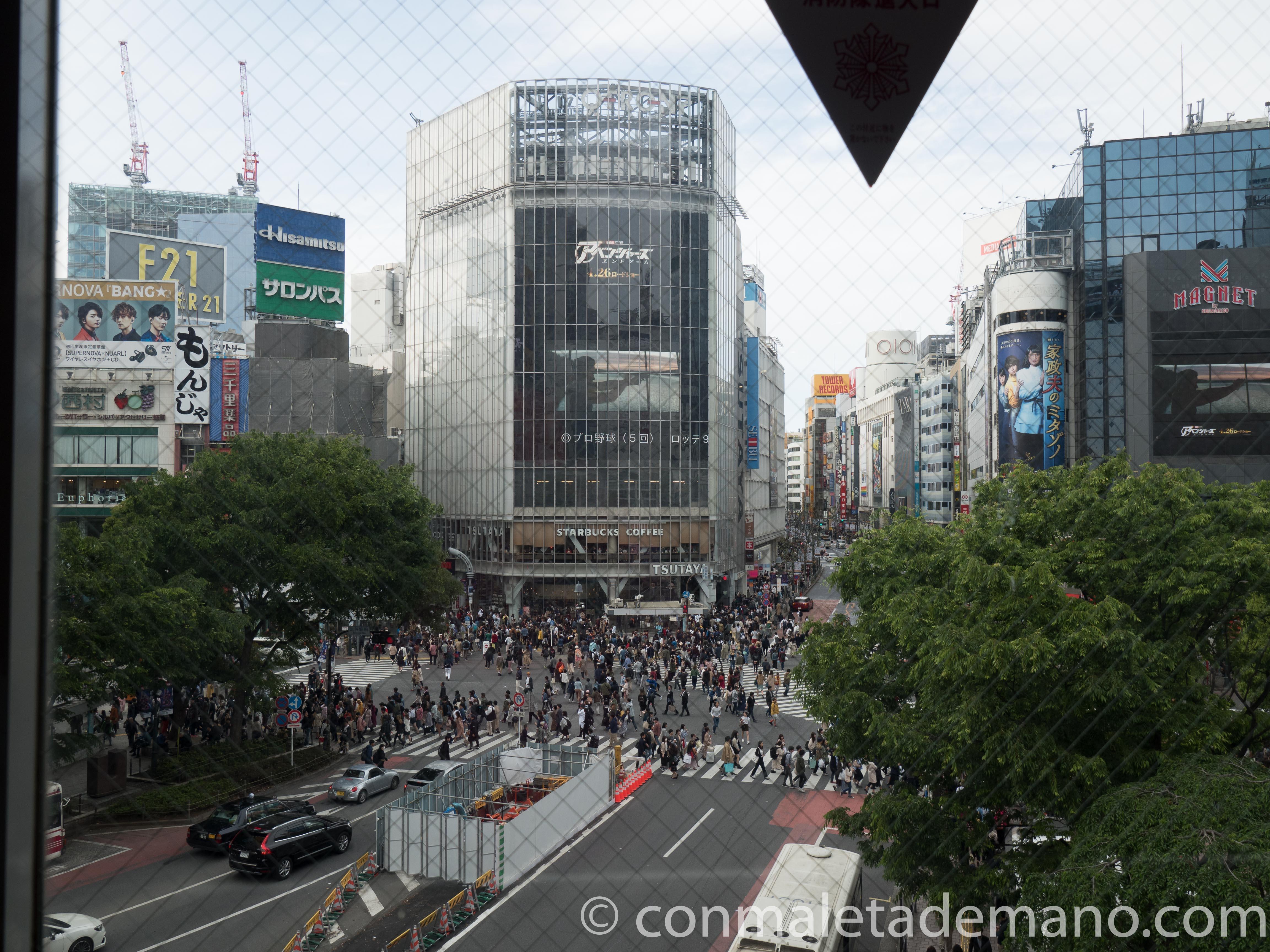 Vistas del cruce de Shibuya desde la estación