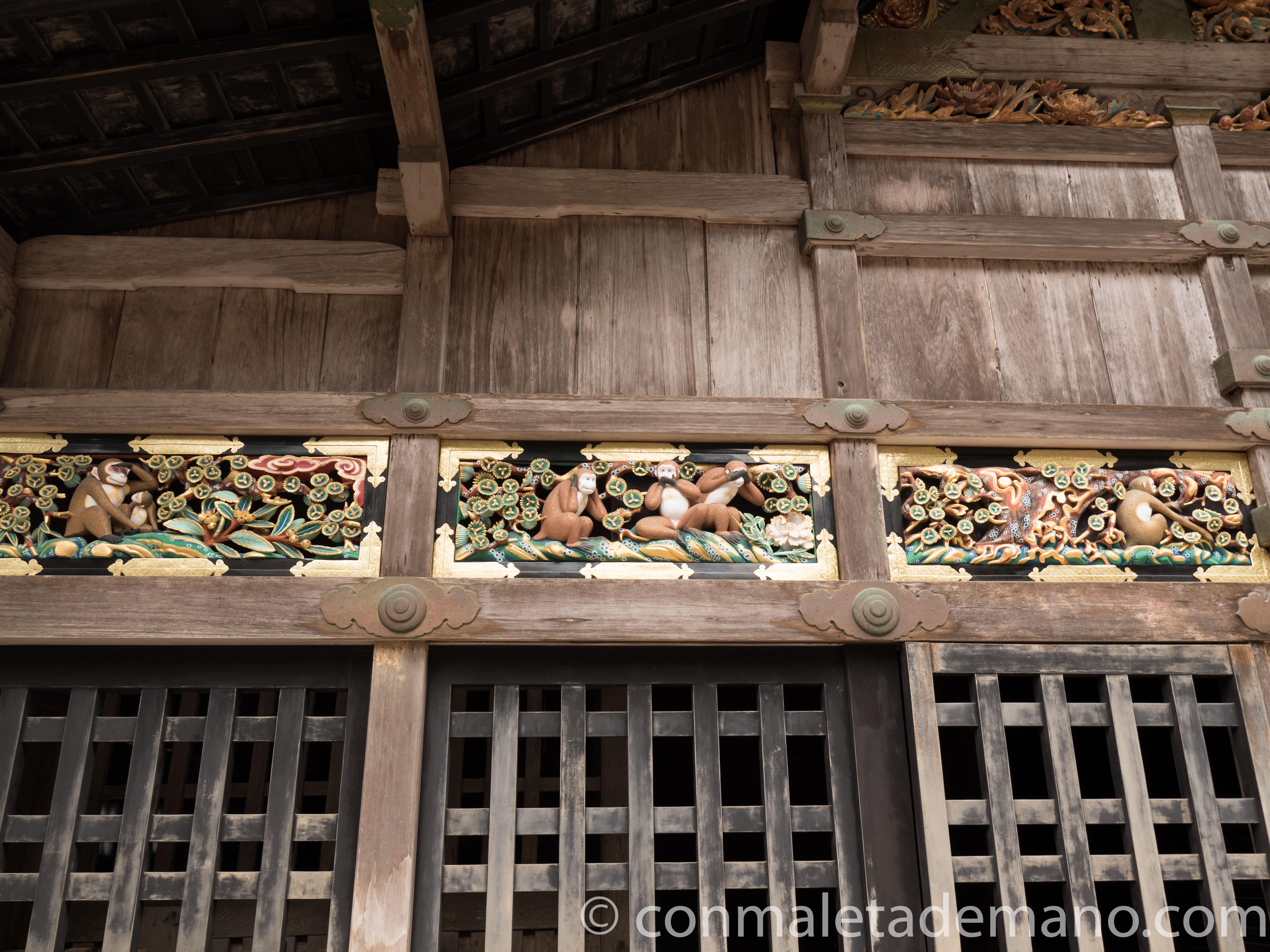 Talla de los tres monos sabios, en el Templo Toshogu