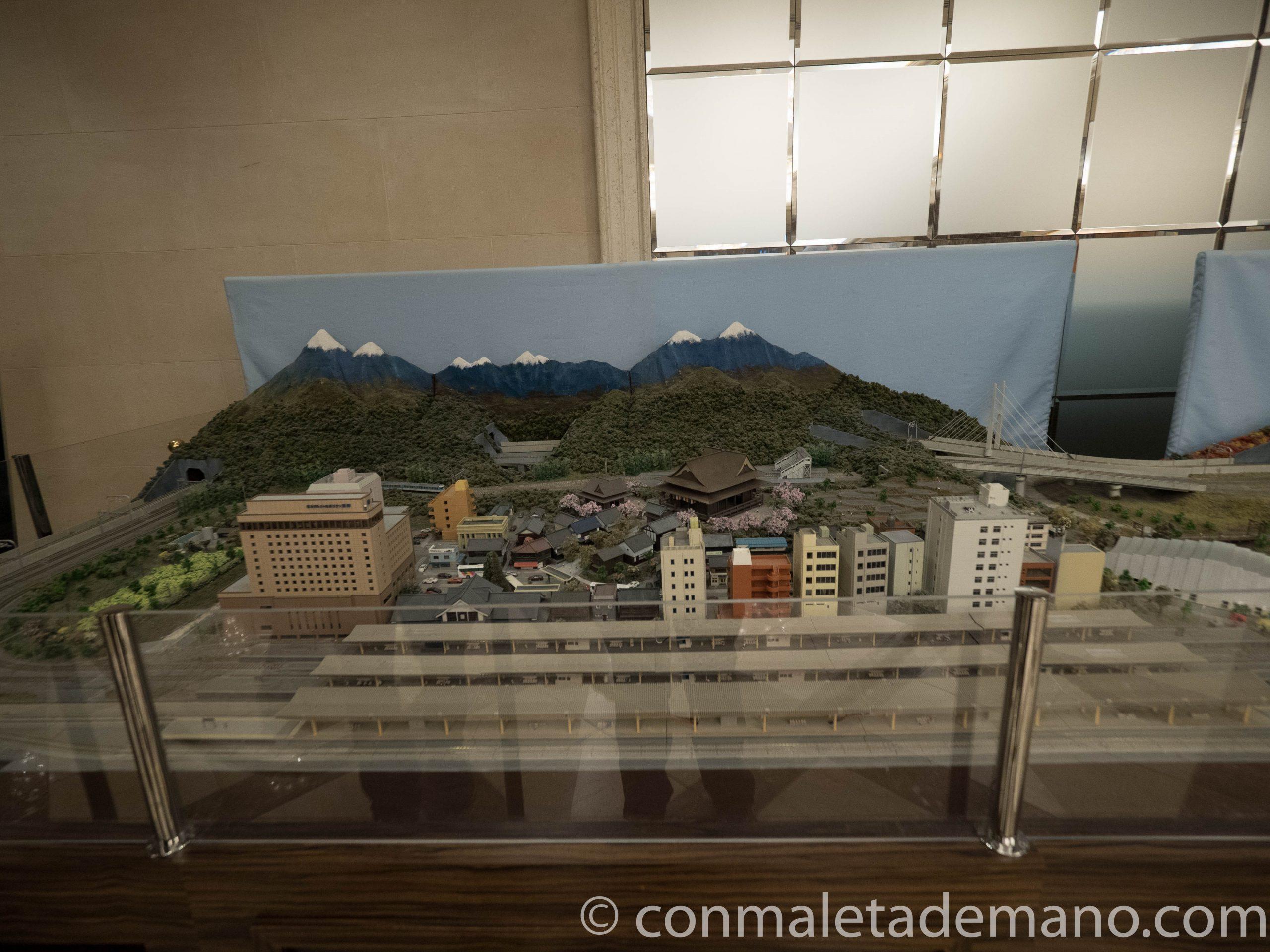Maqueta de Nagano en el vestíbulo del hotel