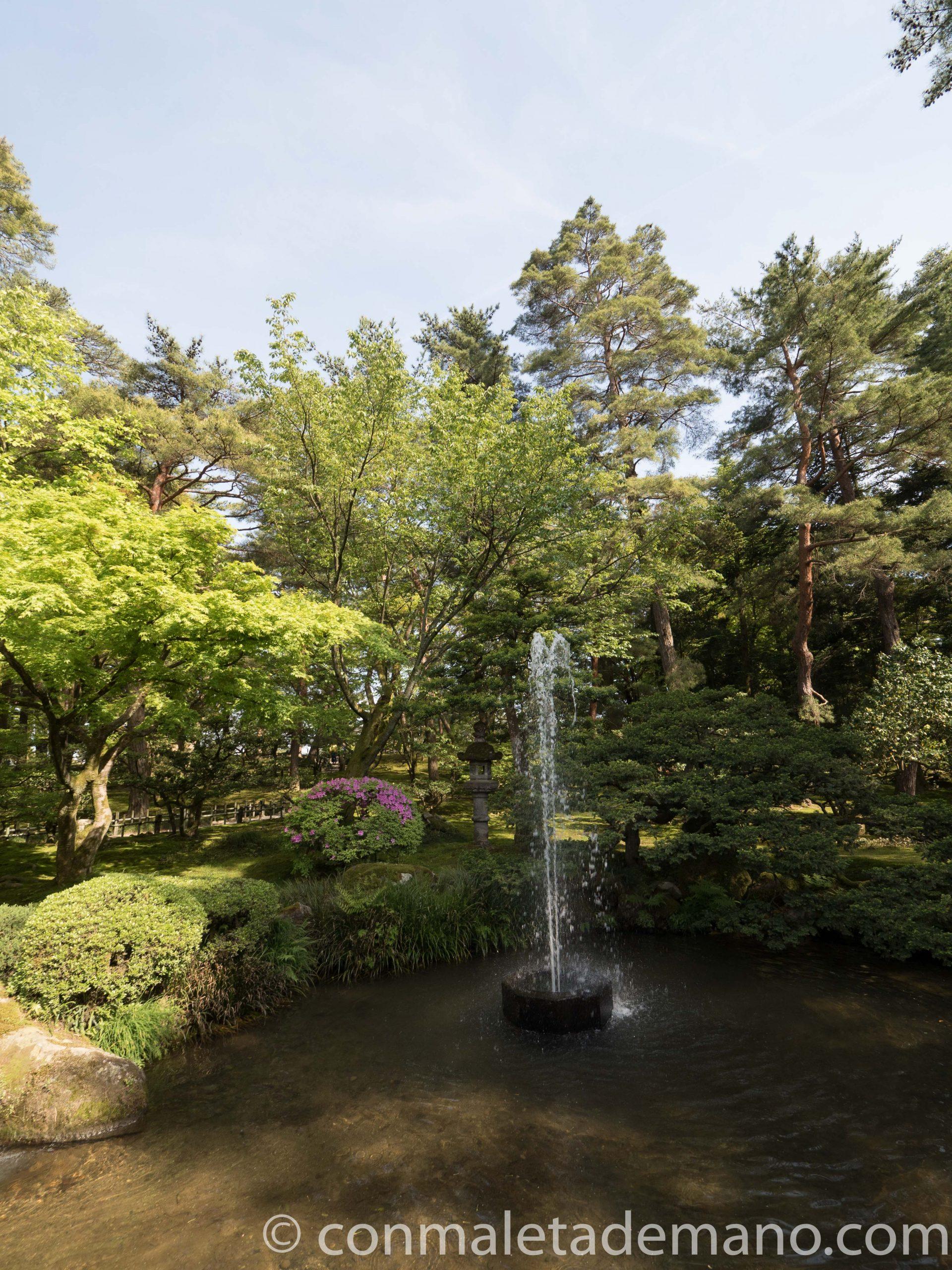 Fuente Funsui, en los jardines Kenrokuen