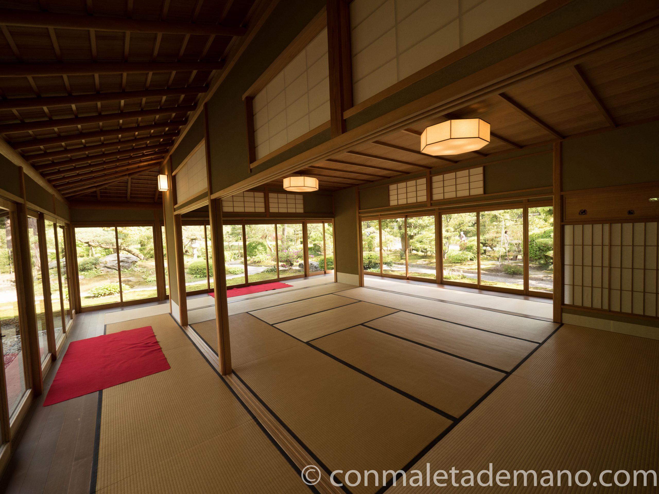 Casa de té en los jardines Kenrokuen, en Kanazawa