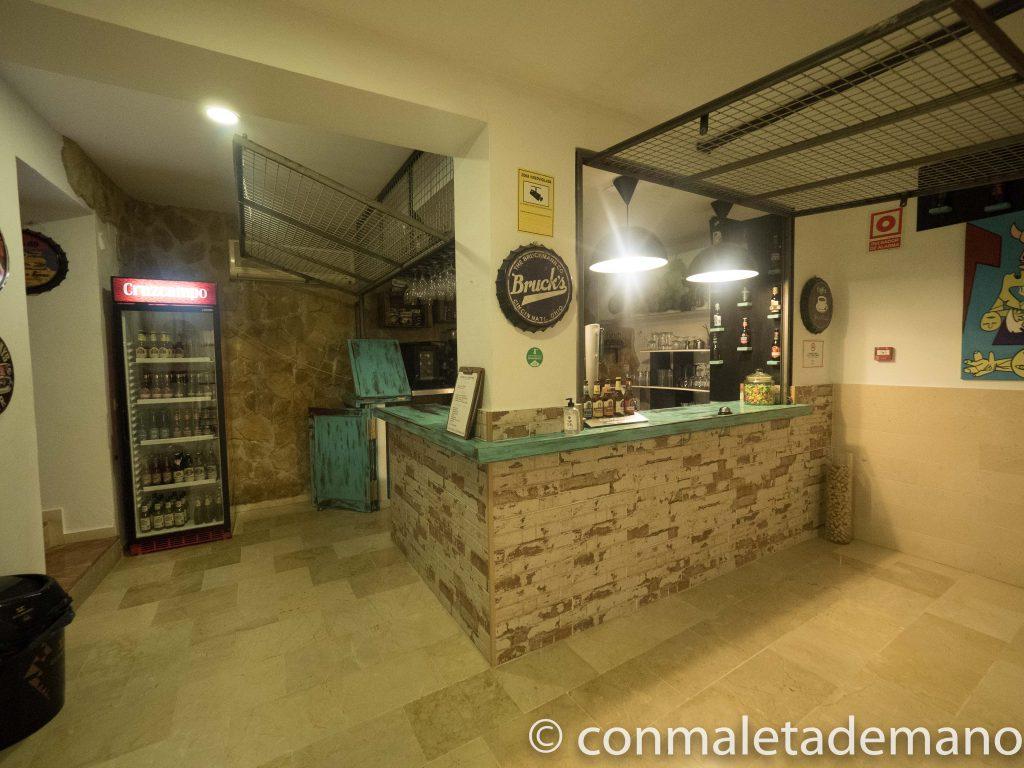 Cafetería del Hotel Posada las Cuevas, en Arcos de la Frontera