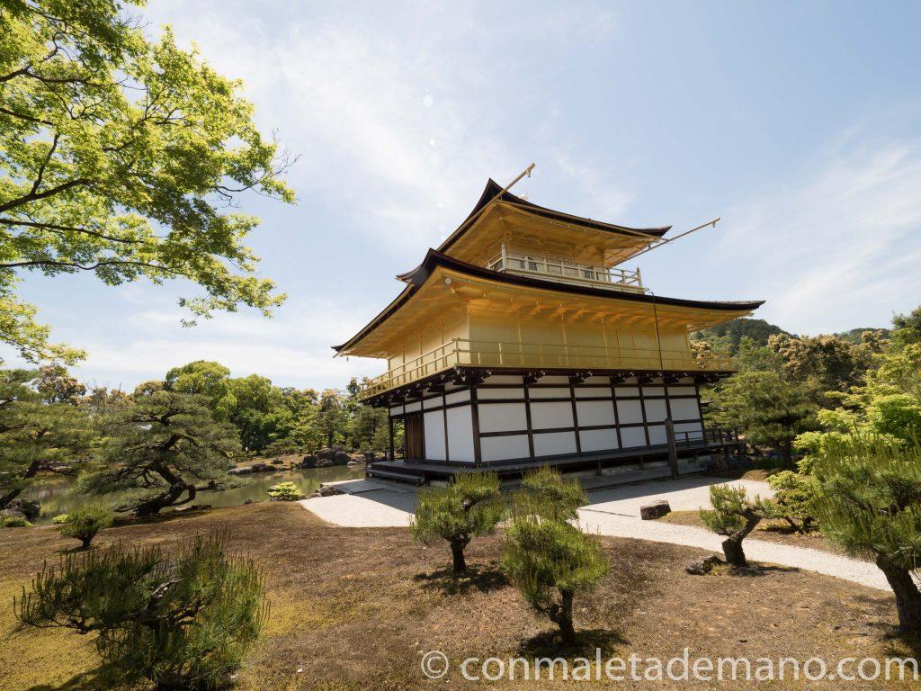 Templo Kinkakuji, en Kioto, Japón