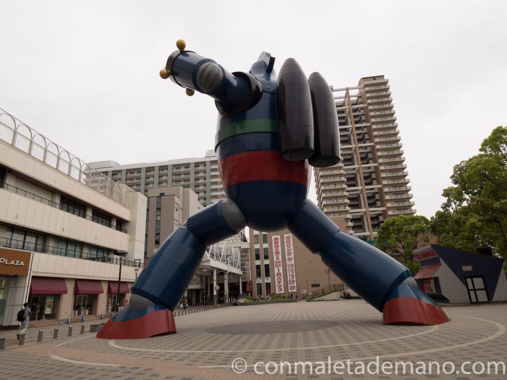 El robot Tetsujin 28, en Kobe